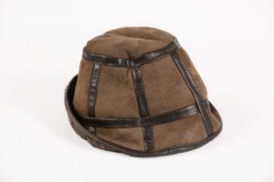 Maciaszek skórzana czapka 001